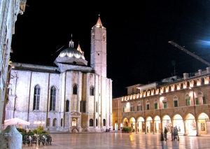 Piazza del Popolo - Ascoli Piceno